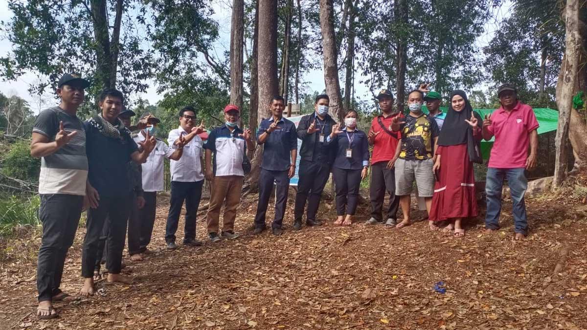 Kepala Bank Kalbar Tinjau Potensi Wisata Air Merah Kabupaten Landak